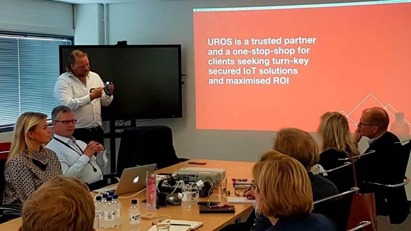 Uros-konsernin toimitusjohtaja Jerry Raatikainen esitteli nopeasti miljardiluokkaan kasvanutta mobiilipalveluyhtiötä.